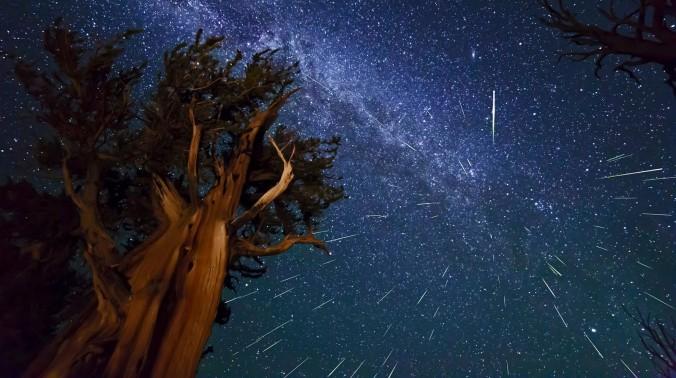 Hermosa-lluvia-de-estrellas
